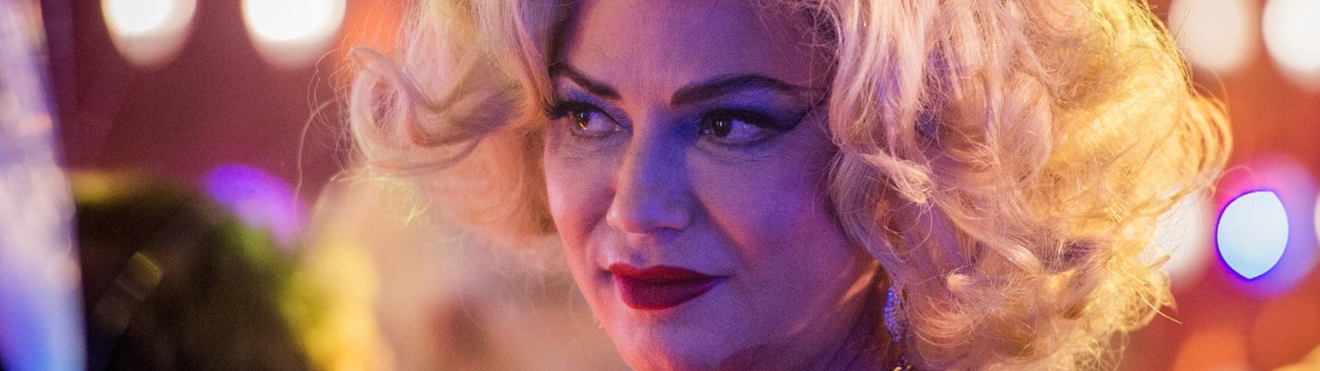 Luiza Brunet como Madá em