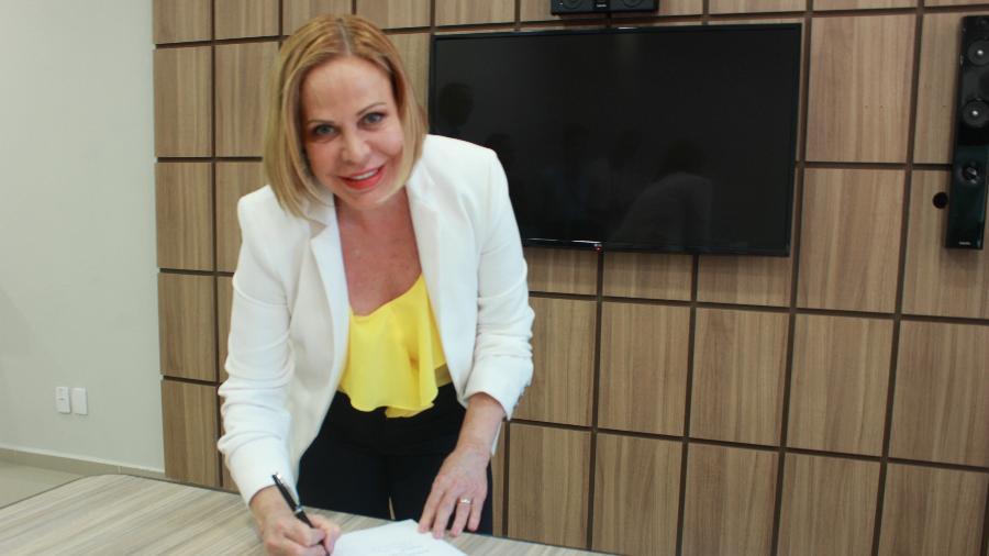 Claudete Troiano renovou seu contrato com a TV Aparecida - Divulgação