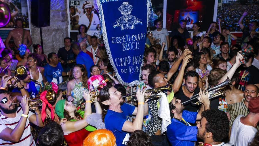 Em ritmo de Carnaval! Ensaio do Bloco Charanga do França, em São Paulo, agita foliões - Marcelo Justo/UOL