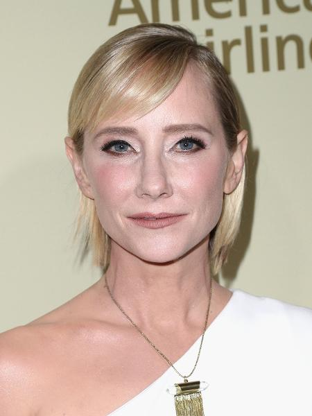 Well-known Anne Heche conta que Harvey Weinstein a demitiu por ter resistido  WP69