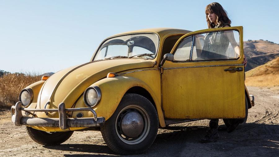 """Hailee Steinfeld em cena do filme """"Bumblebee"""" - Divulgação"""