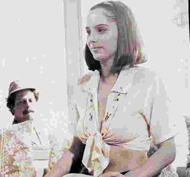 """A atriz Nicole Puzzi em cena do filme """"Volúpia ao Prazer"""" - Reprodução"""