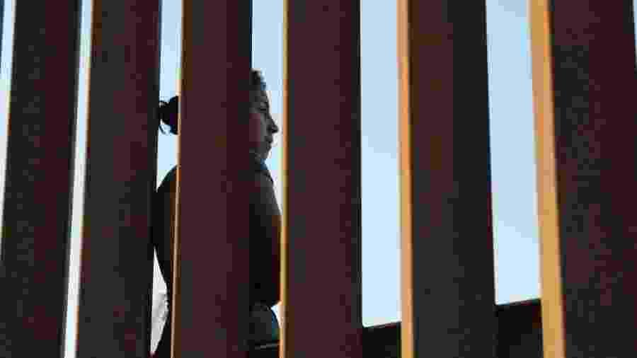 Mulher na imigração dos EUA - John Moore/Getty Images