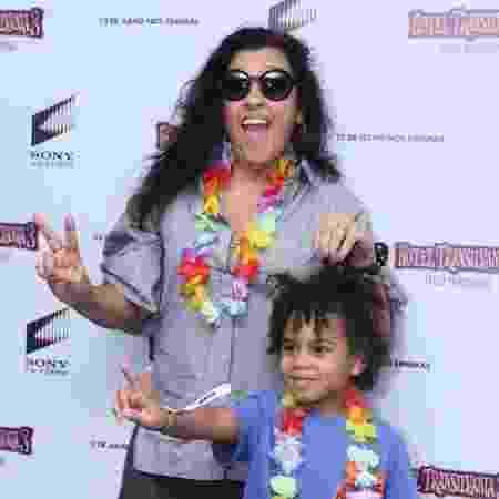 Regina Casé e o filho Roque - Anderson Borde/AgNews