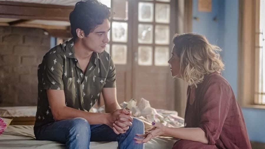 """Luzia e Valentim se encontram pela primeira vez após descobrirem que são mãe e filho em """"Segundo Sol"""" - Reprodução/Gshow"""