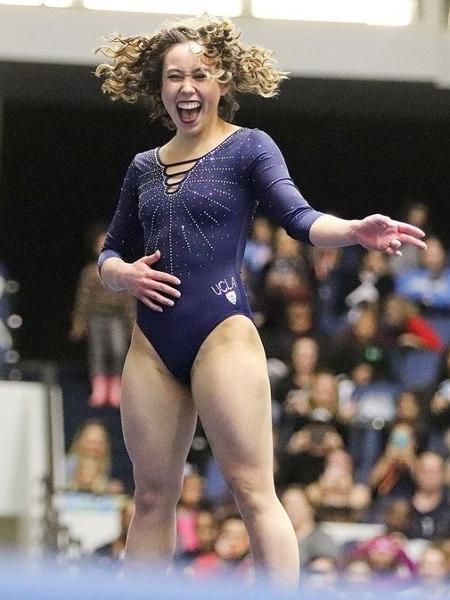 A ginasta americana Katelyn Ohashi, nova sensação da internet - Reprodução/Twitter