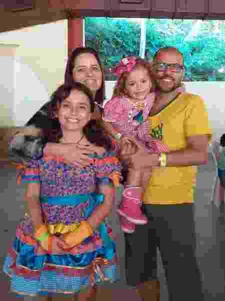 A família Correia; filhas têm 4 e 10 anos - Arquivo pessoal
