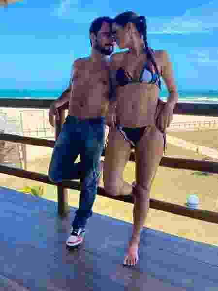 Luciano Camargo e Flávia  - Reprodução