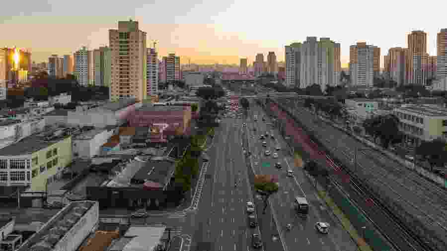 11.mai.2020 - Registro do primeiro dia de adoção do novo rodízio de veículos em São Paulo; sistema é dividido em placas com finais pares e ímpares - Paulo Lopes/BW Press/Estadão Conteúdo