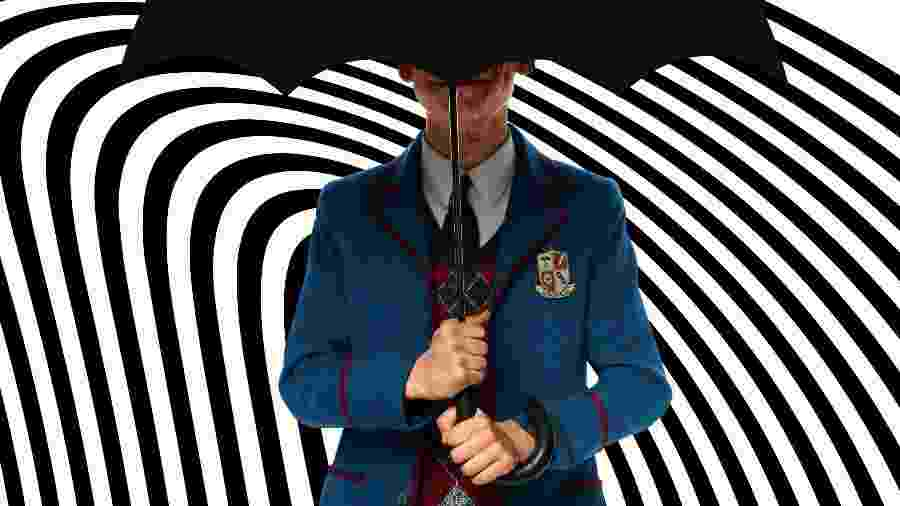 """Cinco, personagem de """"Umbrella Academy"""", da Netflix, em imagem de divulgação da 2ª temporada - Redrodução/Twitter @UmbrellaAcad"""