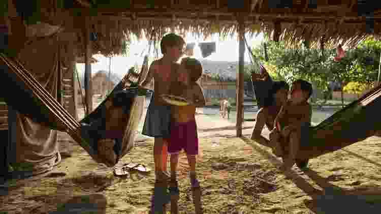 Crianças araweté da aldeia Paratati, às margens do Xingu - Lalo de Almeida/ Folhapress - Lalo de Almeida/ Folhapress