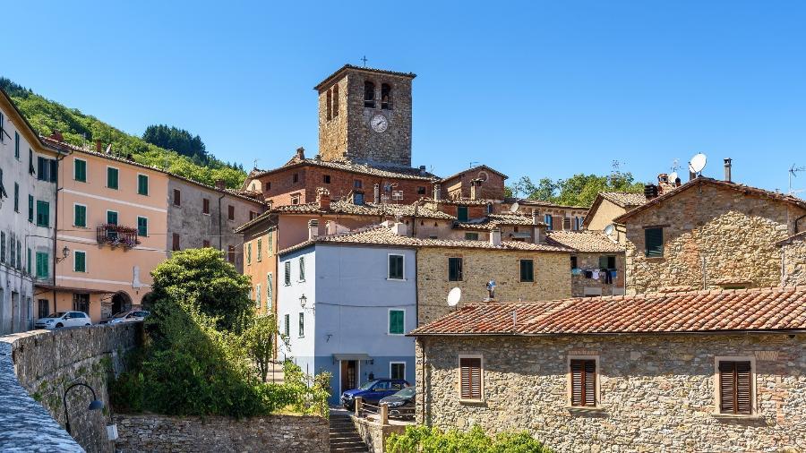 Montieri, na província italiana de Grosseto, onde se oferecem casas a 1 euro - Getty Images