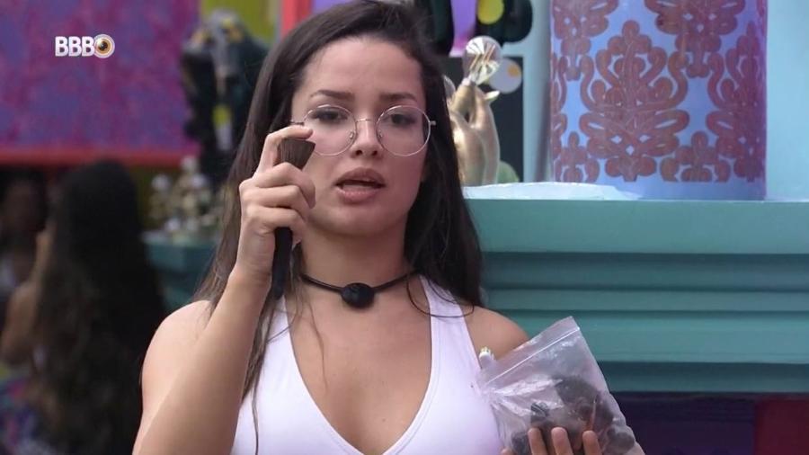 BBB 21: Juliette leva bronca da produção ao fazer tutorial de maquiagem - Reprodução/ Globoplay