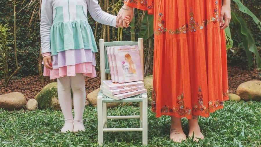 Crianças trans existem: Thamirys e Agatha - Reprodução/Instagram