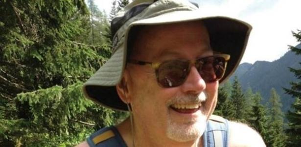 Depois de visitar resorts de naturistas no mundo todo, Smith dá dicas básicas no livro - Marten Van Der