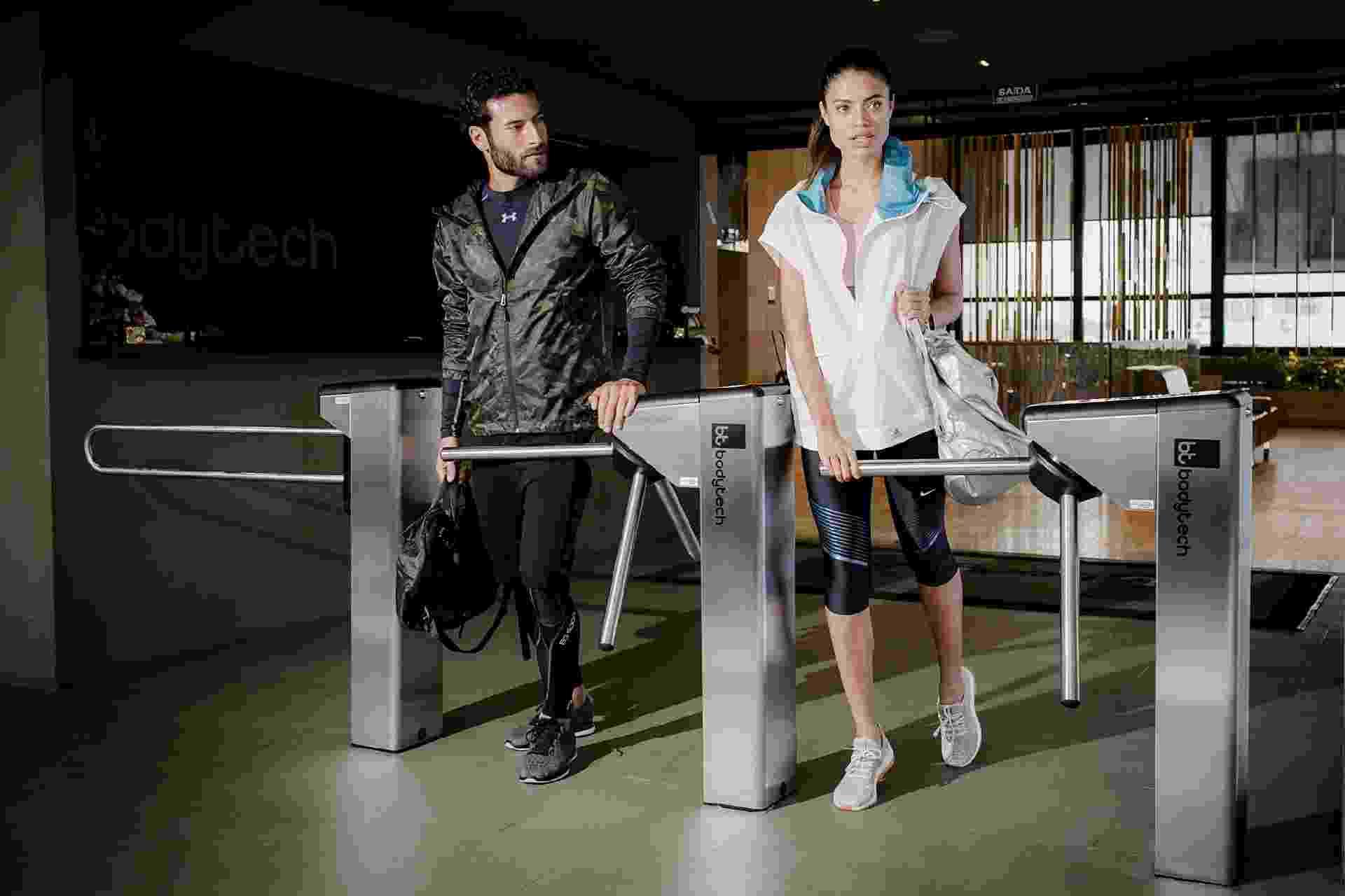 Editorial de fitness luxo fotografado na BodyTech - Leandro Moraes/UOL
