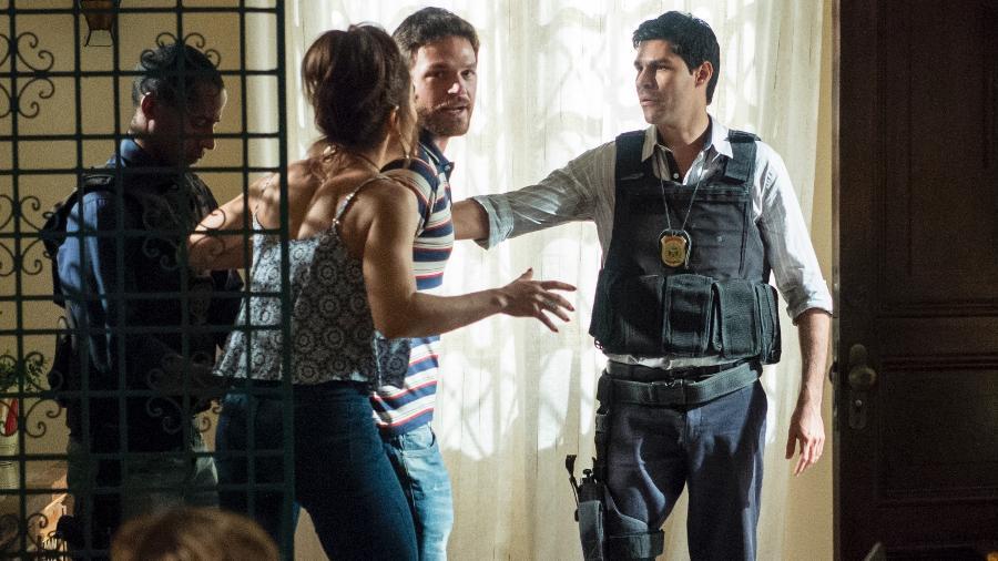"""Rubinho (Emílio Dantas) é preso em """"A Força do Querer"""" - Estevam Avellar/TV Globo"""