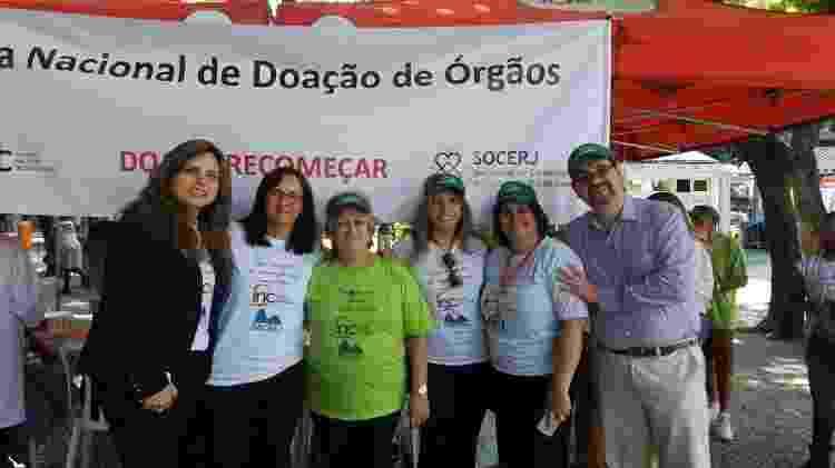 Ivonette (de verde) agora luta pela causa da doação de órgãos. - Arquivo pessoal - Arquivo pessoal