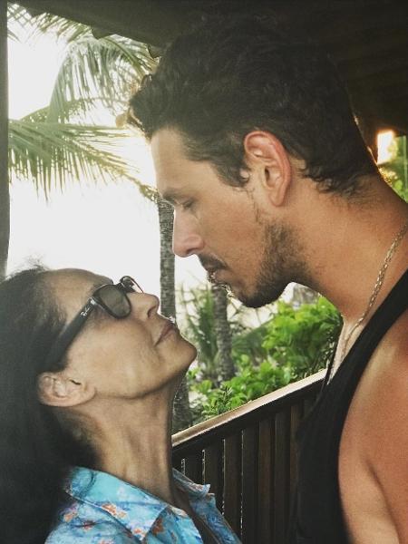 João Vicente de Castro tieta Sonia Braga durante férias na Bahia - Reprodução/Instagram/joaovicente27