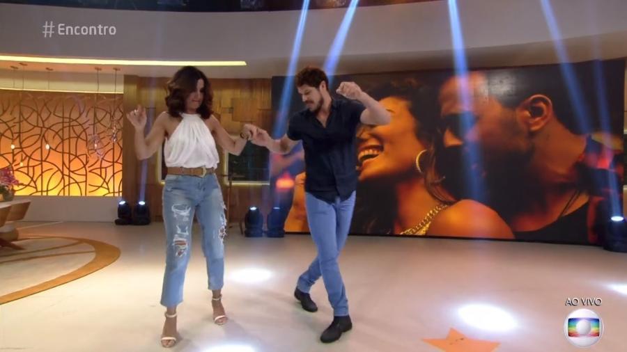 """José Loreto tirou Fátima para dançar durante o """"Encontro"""" - Reprodução/TV Globo"""