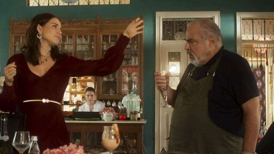 """Rosa e Agenor em cena de """"Segundo Sol"""" - Reprodução/Globo"""