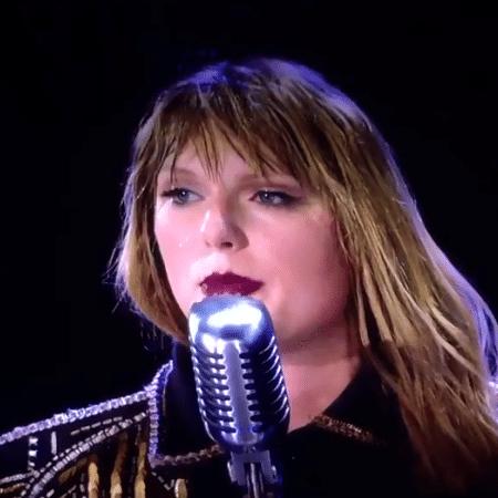 Taylor Swift fez discurso emocionado em apresentação - Reprodução