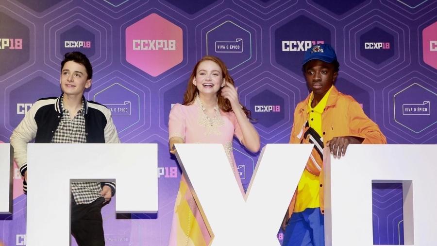 "Os atores de ""Stranger Things"" Noah Schnapp, Sadie Sink e Caleb McLaughlin na CCXP 2018 - Iwi Onodera/UOL"