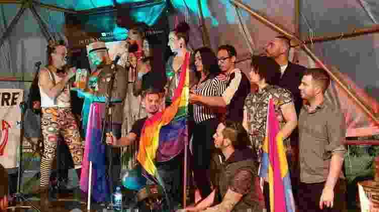 Coletivo Arouchianos promove debates, eventos culturais esportivas entre LGBTs no Largo - Reprodução/Facebook - Reprodução/Facebook