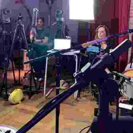 Xororó e Noely acompanham a live de Sandy e Junior - Reprodução/Instagram - Reprodução/Instagram
