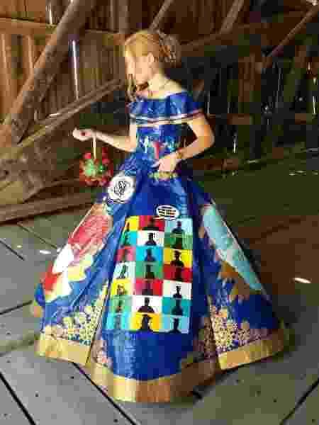 Nas redes sociais, pessoas sugerem que o vestido vire uma peça de museu - Reprodução/Instagram
