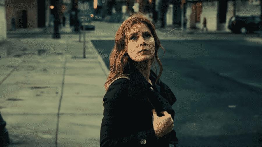 """A atriz Amy Adams como Lois Lane em """"Liga da Justiça"""" - Reprodução"""