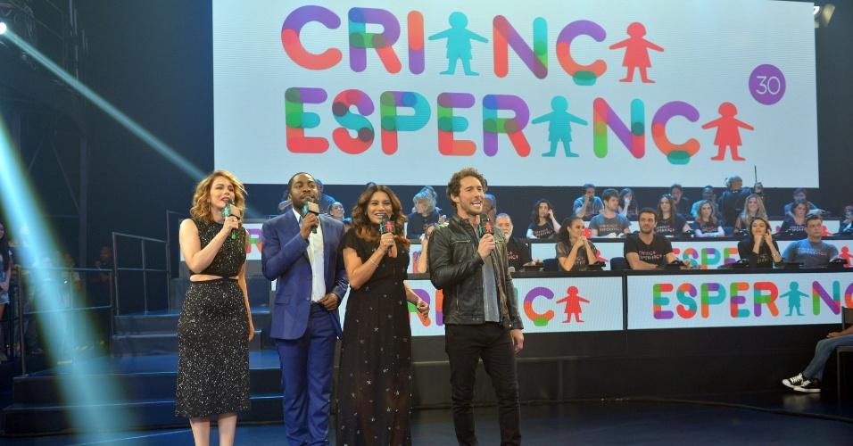15.ago.2015 - Leandra Leal, Lázaro Ramos, Dira Paes e Flávio Canto comandam o Criança Esperança 2015