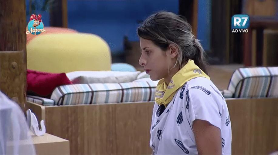 14.nov.2015 - Ana Paula comenta sobre a briga da noite passada com Luka: