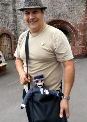 O escritor Tito Prates no festival Agatha Christie em Torquay, Devon, Inglaterra - Juliana Resende/BR Press