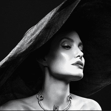 Angelina Jolie foi capa da Vanity Fair - Mert Alas and Marcus Piggott.