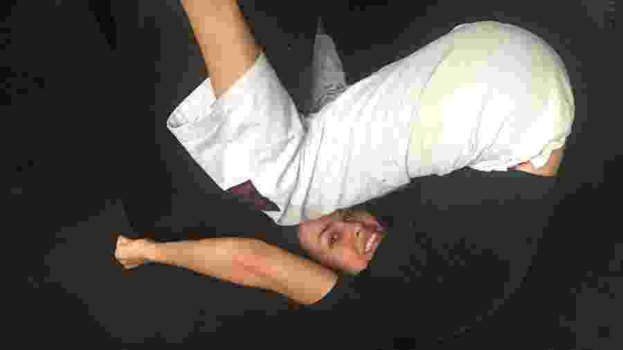 Cíntia Lessa Lima Cancellier, que quase ficou tetraplégica na infância, pratica jiu-jítsu - Arquivo Pessoal