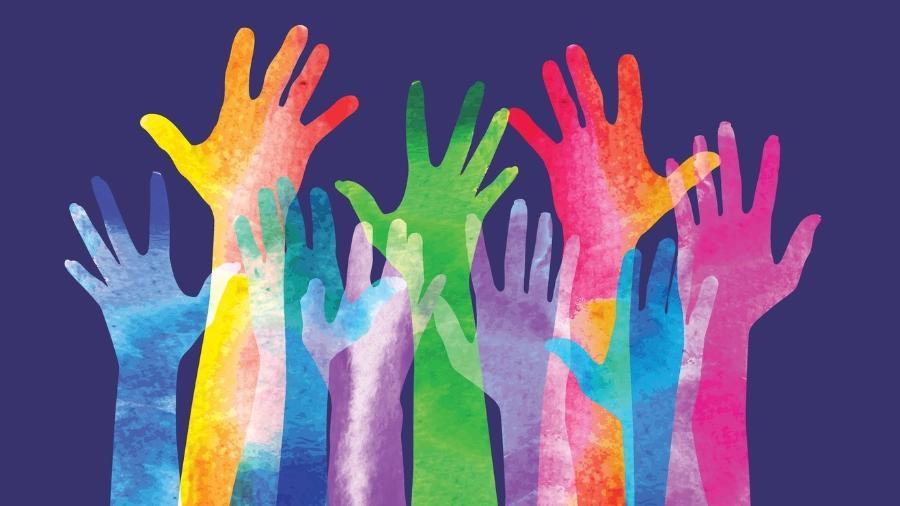 Segundo o IBGE, no Brasil, 6,5 milhões de pessoas se dedicam ao voluntariado - Getty Images
