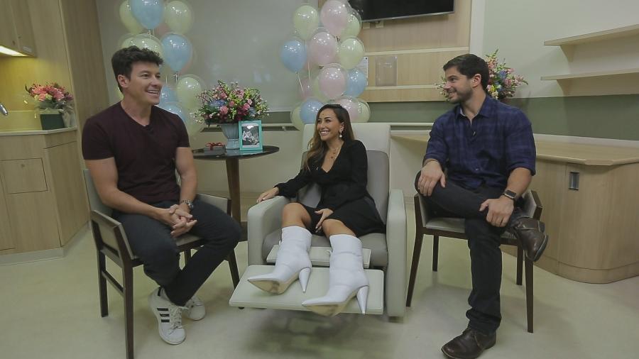 Rodrigo Faro entrevista Sabrina e Duda Nagle sobre a gravidez da apresentadora - Divulgação/Record