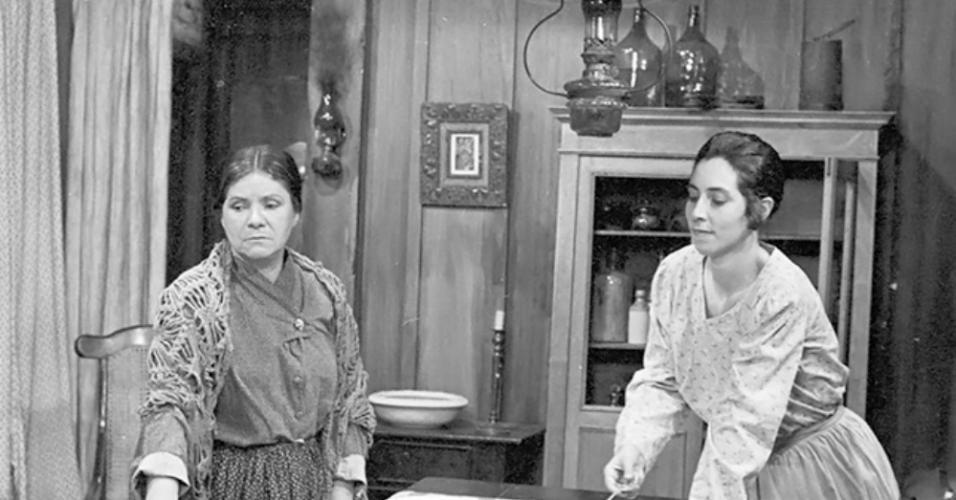 """Eloísa Mafalda e Edith Siqueira na minissérie """"O Tempo e o Vento"""" (1985)"""