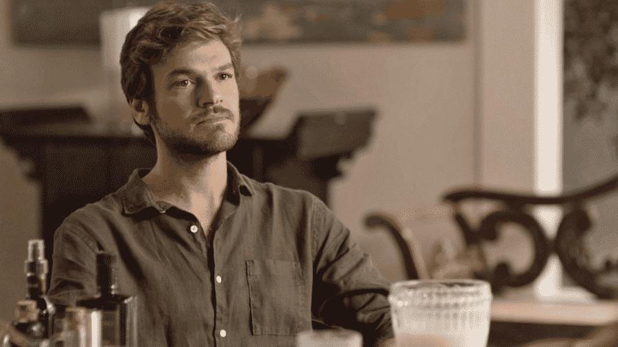 Beto (Emilio Dantas) avisa que vai revelar sua identidade no dia do julgamento de Luzia (Giovanna Antonelli) - Reprodução/Globo