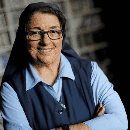 A freira Rose Pacatte - Reprodução/Facebook/SisterRoseGoesToTheMovies - Reprodução/Facebook/SisterRoseGoesToTheMovies