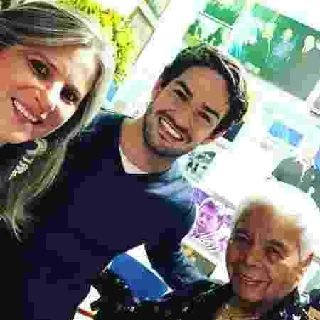 Alexandre Pato visita SBT e tieta Roque - Reprodução/Instagram