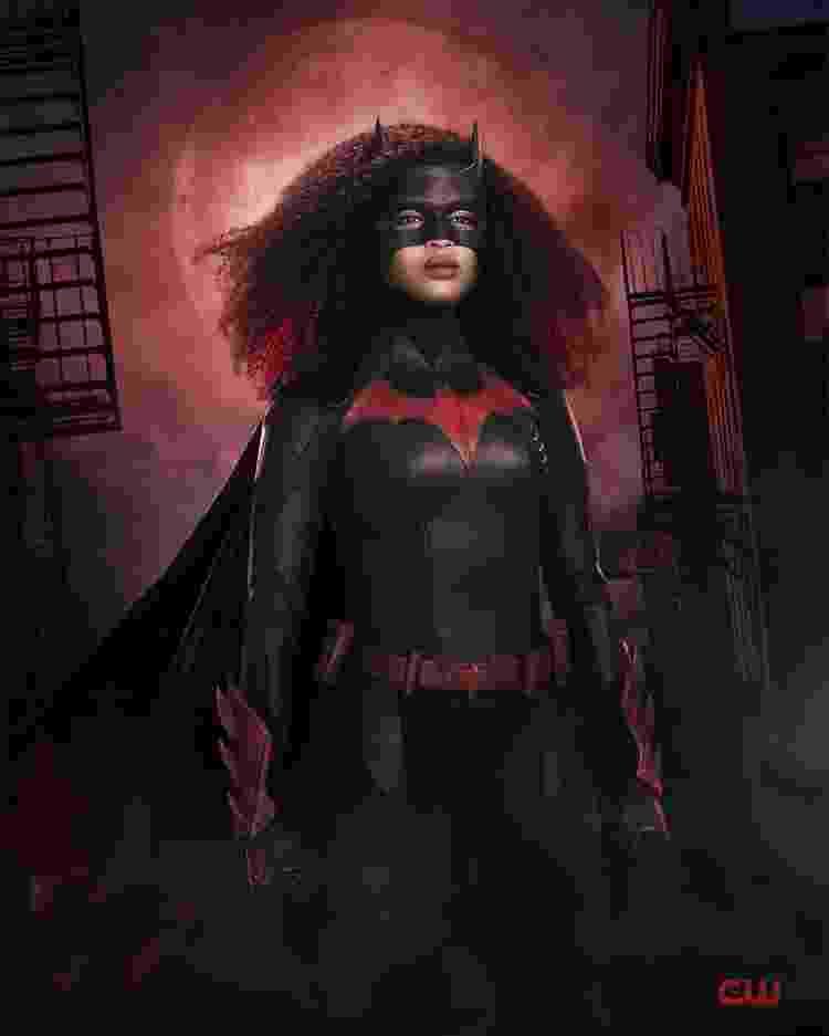 Javicia Leslie será a primeira heroína negra e bissexual do universo geek interpretando 'Batwoman' - Reprodução/Twitter - Reprodução/Twitter