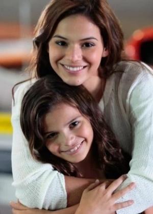 """Bruna Marquezine e sua irmã, Luana, que estará na """"Dancinha dos Famosos"""" - Reprodução/GShow/""""Em Família"""""""