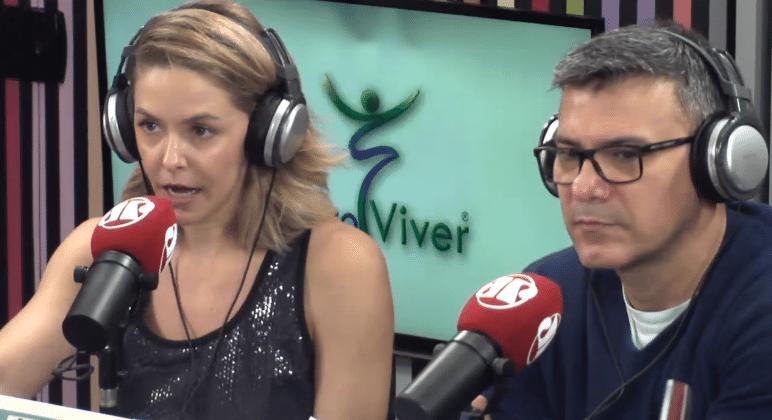 13.out.2016 - Leonardo Vieira participa de programa da rádio Jovem Pan