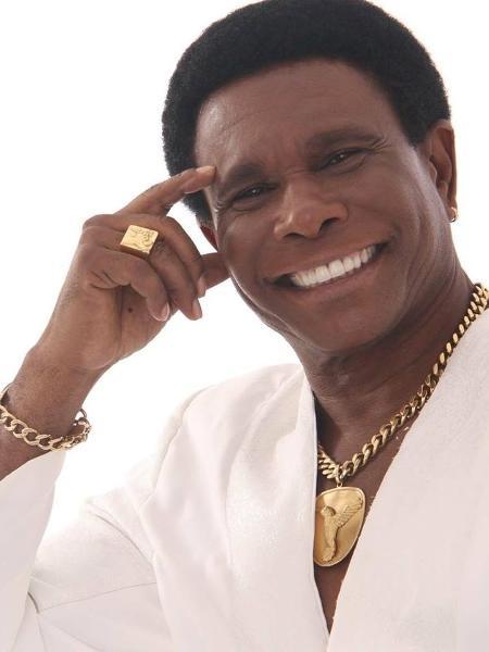O cantor Neguinho da Beija-Flor criticou organização de evento - Reprodução/Facebook