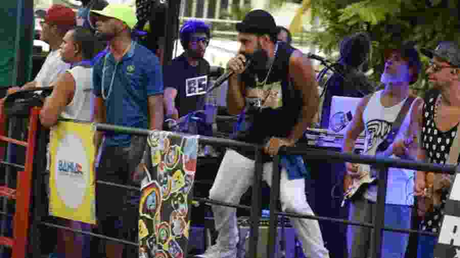 A banda Baiana System, da cena independente da Bahia, arrastou multidão no circuito de Salvador - Gabriel e Vitor Murilo/AGFPontes