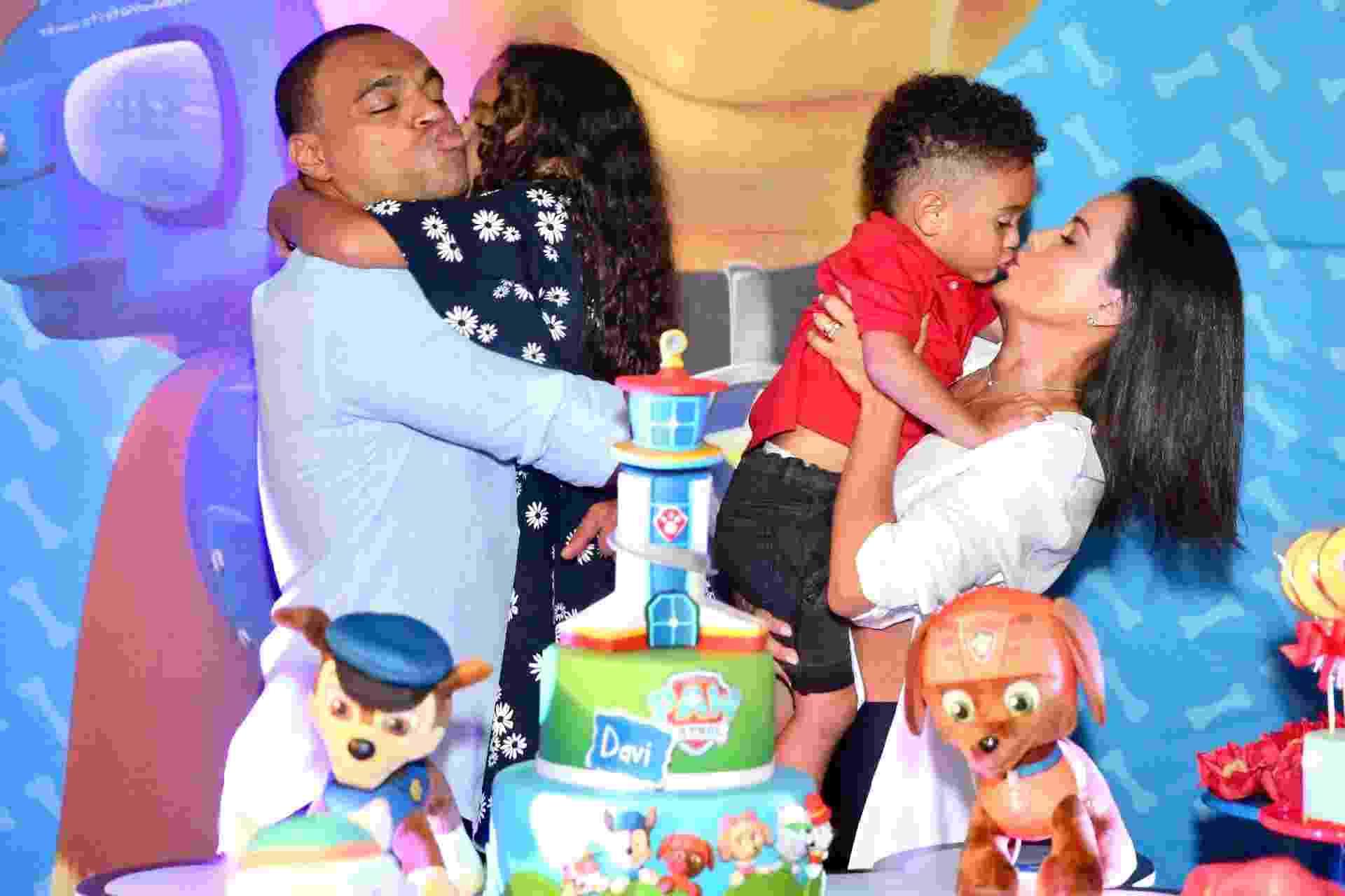 Denilson e Luciele comemora aniversário do filho Davi, de 3 anos - Manuela Scarpa/Brazil News