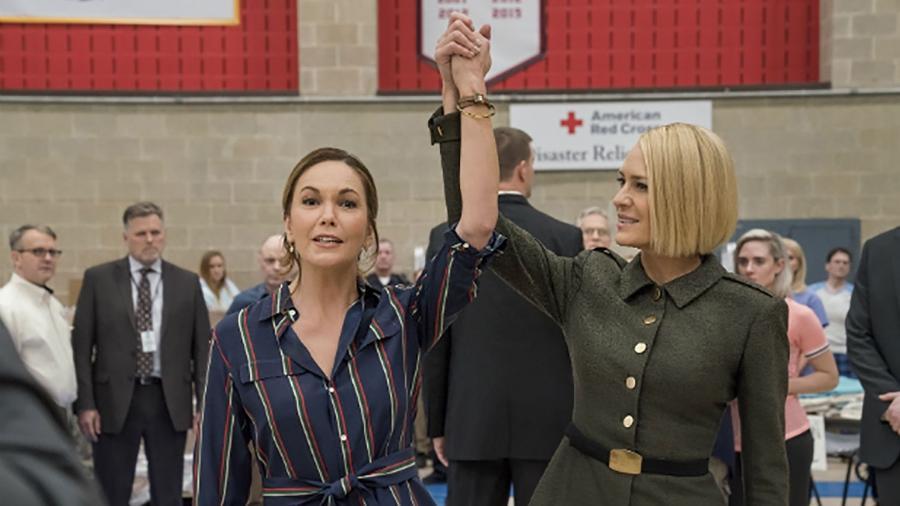 """As atrizes Diane Lane e Robin Wright em cena da última temporada de """"House of Cards"""" - Divulgação"""
