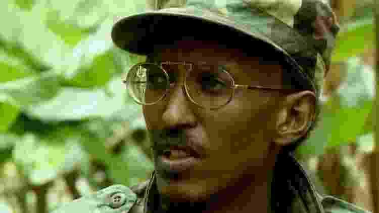 Paul Kagame foi um dos líderes dos rebeldes tutsis e acabou virando presidente de Ruanda em 2000 - BBC - BBC